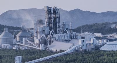 Çimento sektöründeki daralma sürüyor.