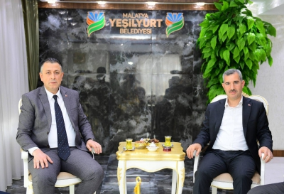 Mim-Der Yönetim Kurulu  Yeşilyurt Belediye Başkanı Mehmet Çınar'ı ziyaret etti..