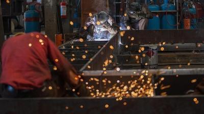 İmalat sanayisi inşaat yatırımlarında KDV iadesi devam edecek.